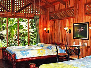 Bedroom. Arenal Oasis Ecolodge