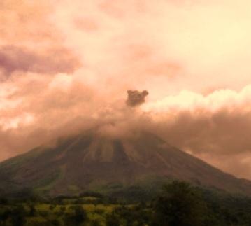 fortuna arenal volcano costa rica