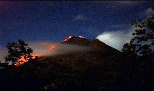 Past Arenal Volcano Scenes