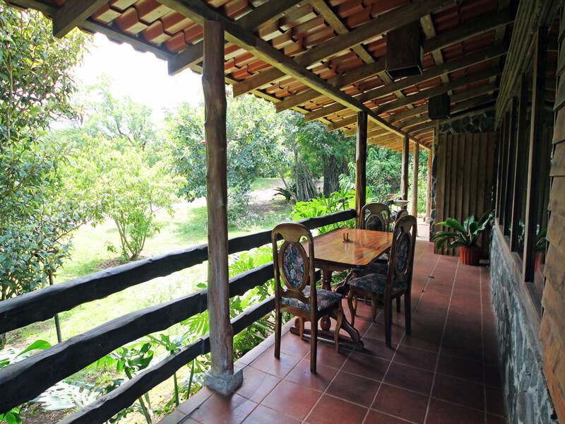 Hotel El Bosque Dining Porch