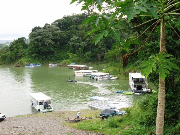 Taxi-Boat-Taxi to Arenal Costa Rica